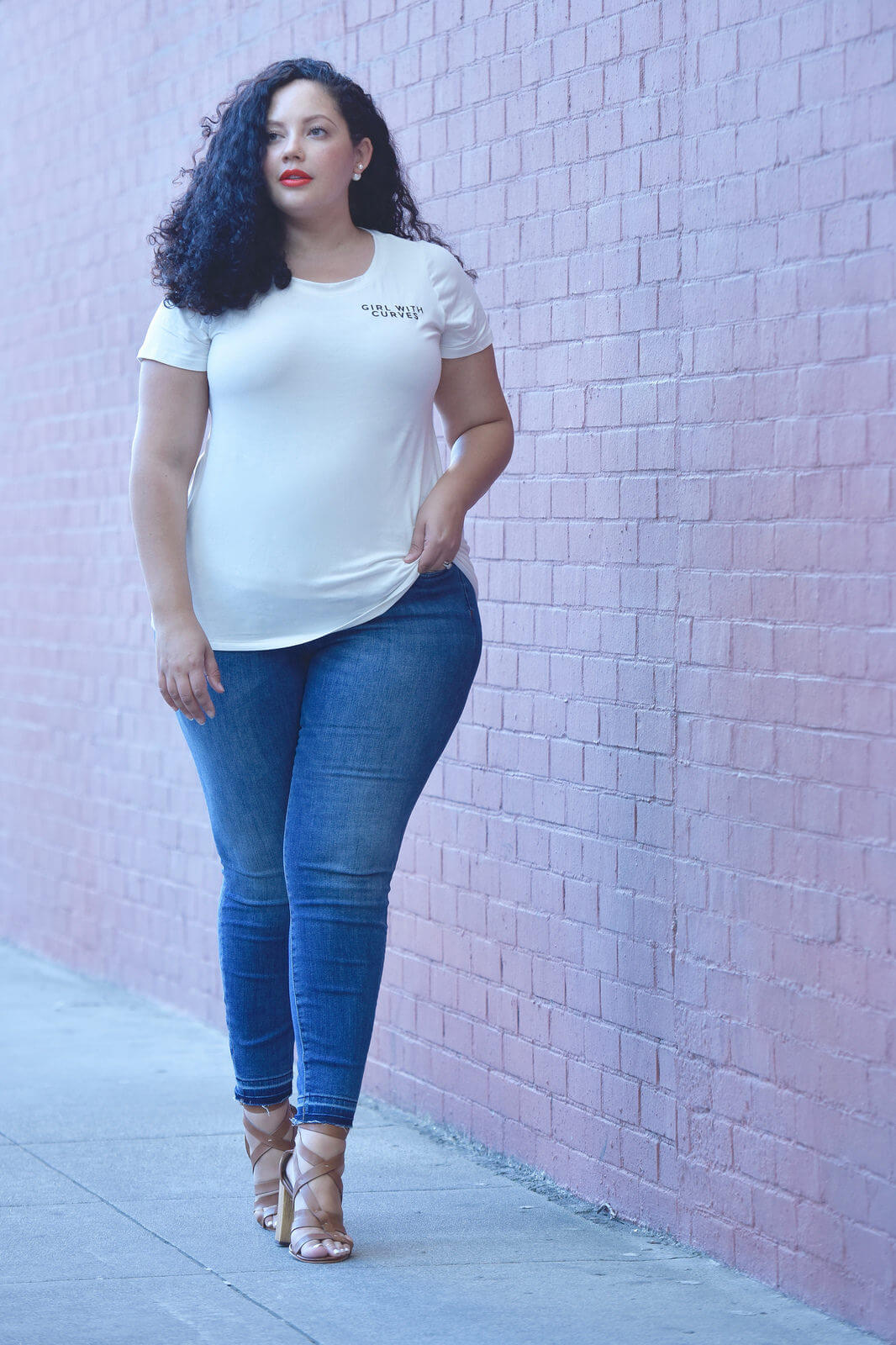 Girl With Curves Tee