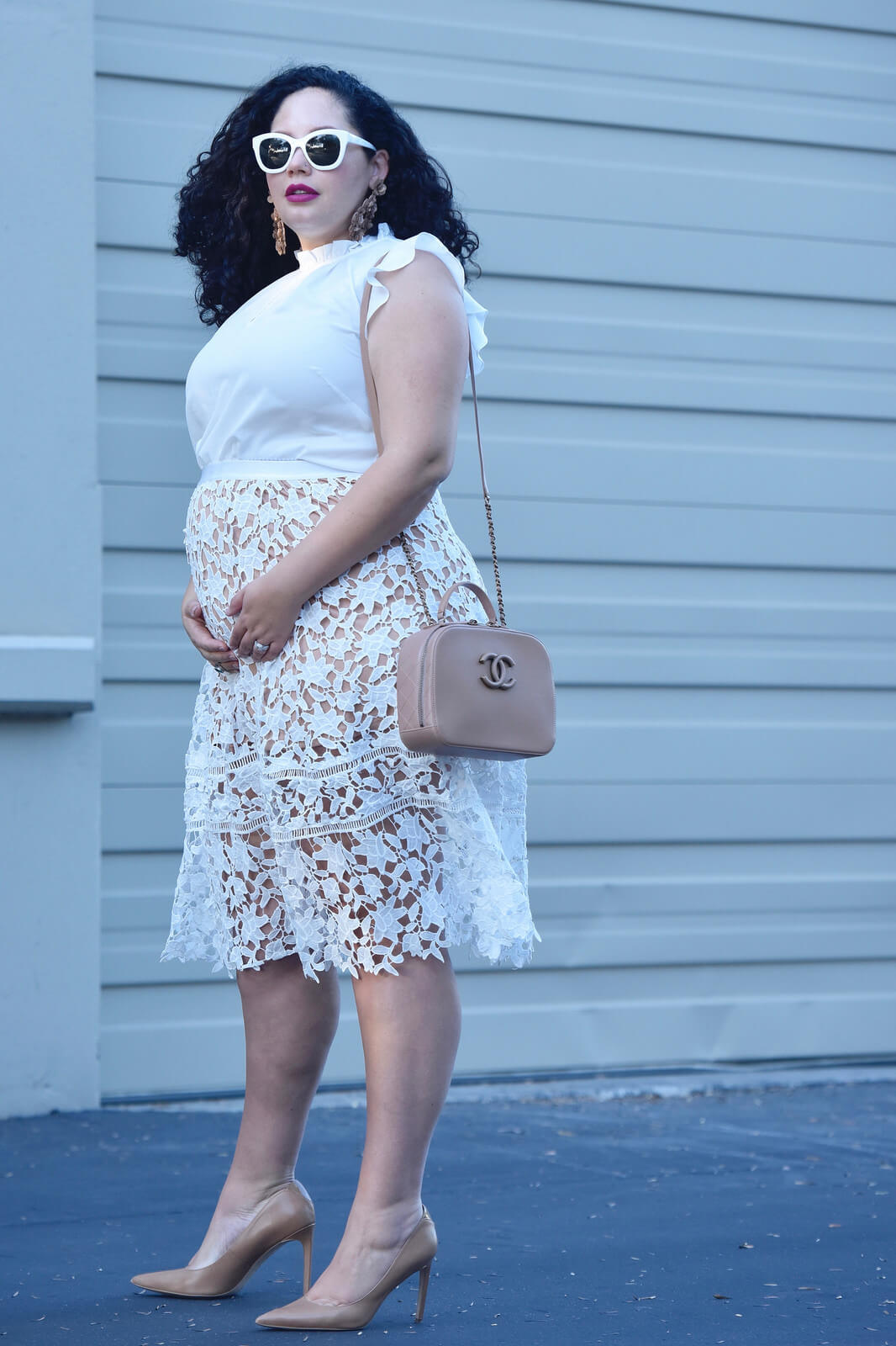 The Classy Girl's Guide to Wearing the Nude Trend via @GirlWithCurves