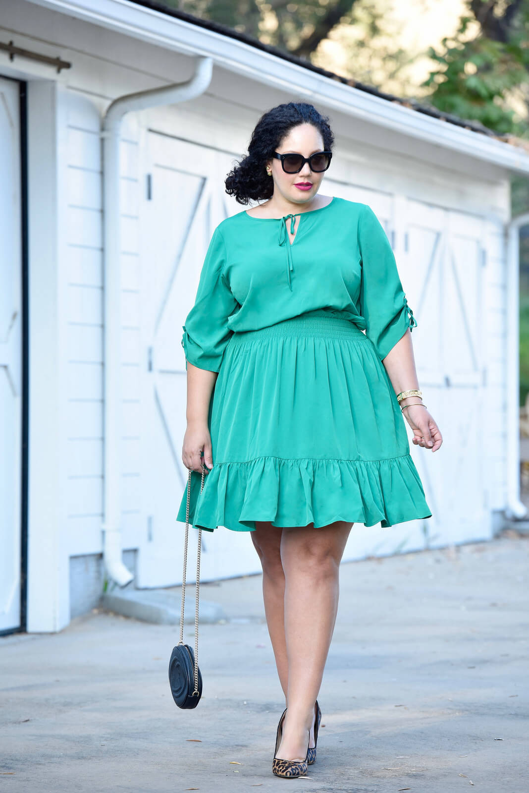 Make a statement with an unexpected color via @GirlWithCurves