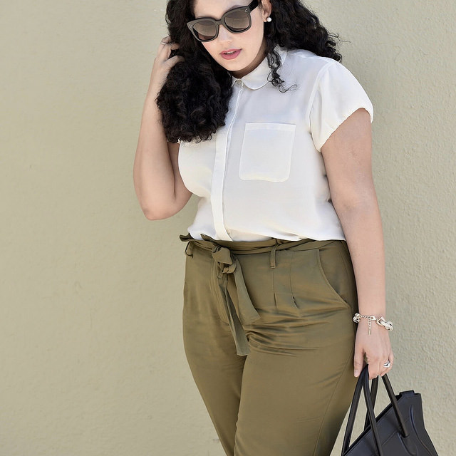 6 Vintage-Inspired Outfits That Will Never Go Out of Style via @GirlWithCurves #style #outfits #fashion