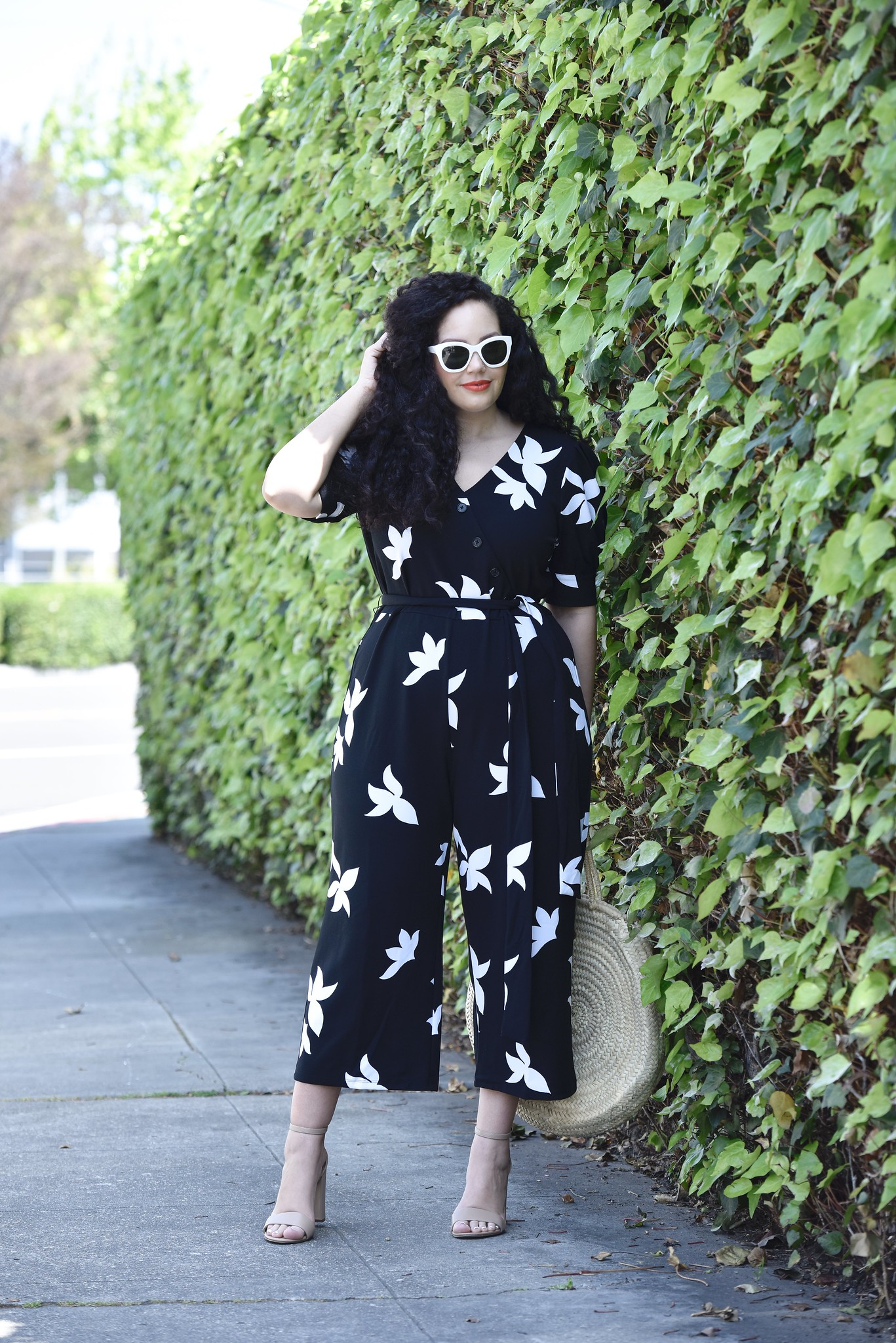 Finally, A Jumpsuit That Flatters Curves Via @GirlWithCurves #jumpsuit #curvy #fashion #style #outfit #blogger